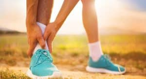 how to stop shoes rubbing back of ankle